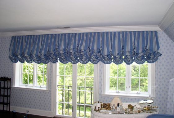 Custom-balloon-shade-shirred-trimmed-ruffle