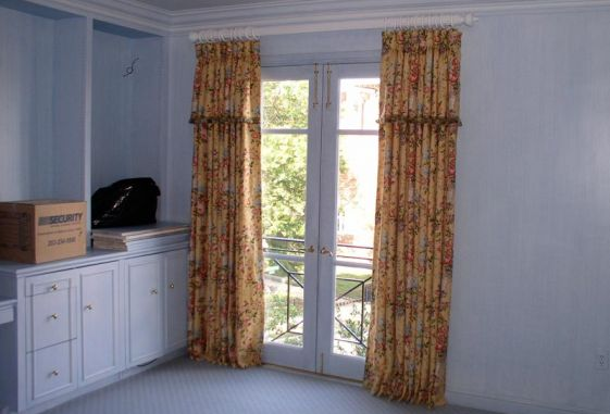 Custom-drapery-self-attached-trim-valance-wooden-pole