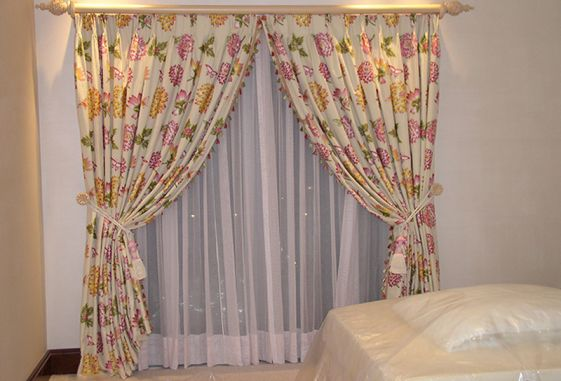custom-window-drapery-fabric-unique-hide-away